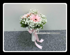 FF. Bridesmaid Bouquet