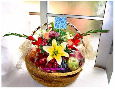 Premium Fruit Basket   - FRB5541