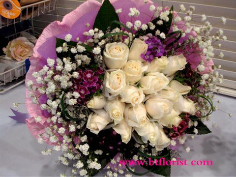 White Rose Bouquet - FBQ1012val
