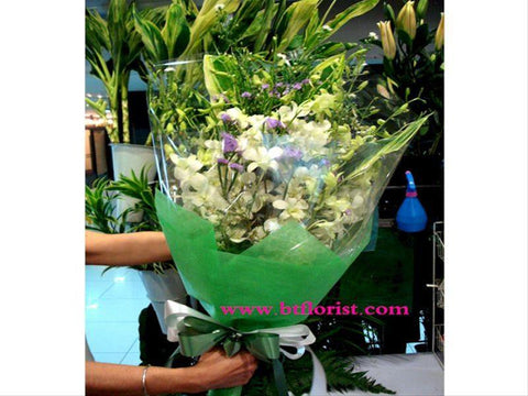 Simple Orchid Bouquet       - FBQ1019