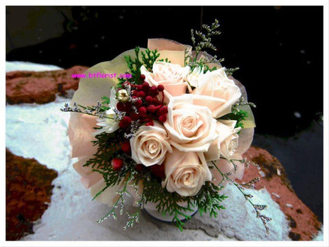 6-7 Rose Bouquet - FBQ1059