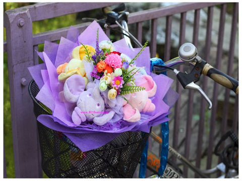 Colourful Dumbo Bouquet - BBQ2136val