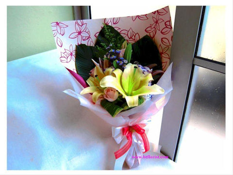 Lily & Rose Bouquet     - FBQ1110