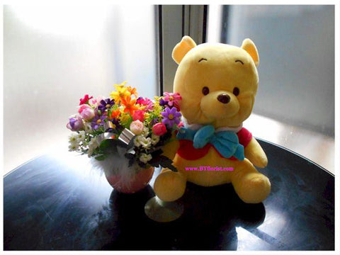 Pooh with Flowers    - BWF3521