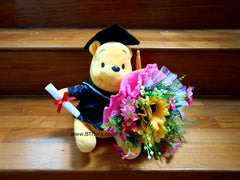 Graduation Pooh w flower Bouquet   - BWF3547W