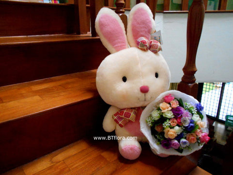 Rabbit with Fake Flower Bouquet     - BWF3595