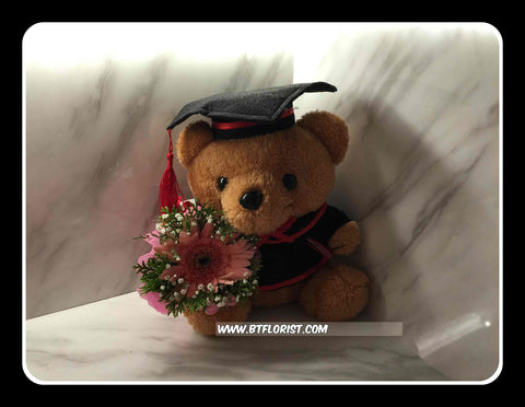 Graduation Brown Bear w Fresh Flower - BWF3592