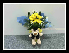 Graduation Bear w Fresh Flower   - BBQ1361