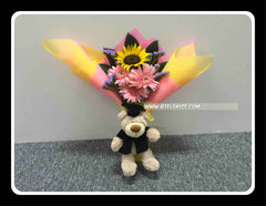 Graduation Bear w Fresh Flower   - BBQ1365