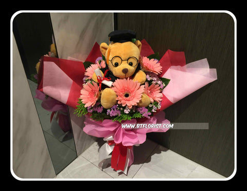 Graduation Bear Bouquet (Fresh Flower)  - BBQ1368P