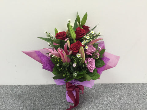 Lily & Rose Bouquet      - FBQ1049