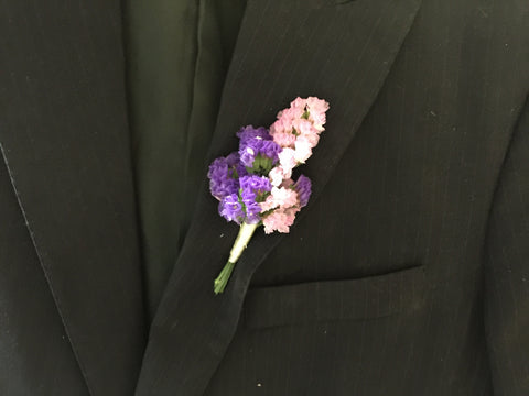 Statice Boutonniere - WED0554