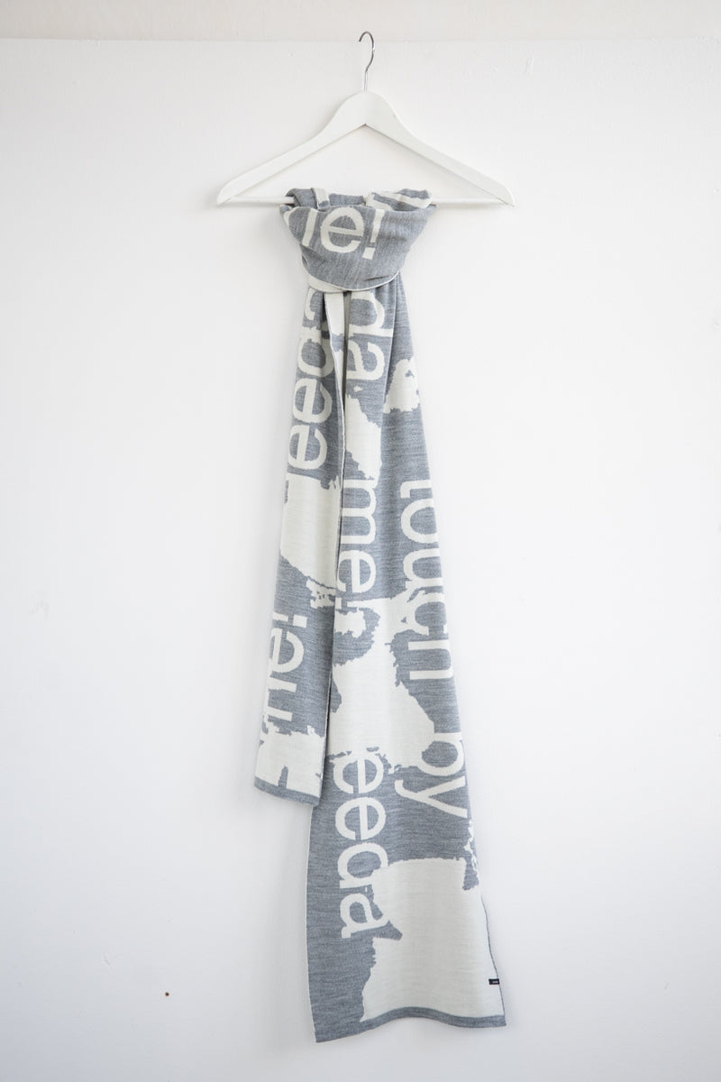 "WOOL SCARF ""TOUCH ME"" GREY"