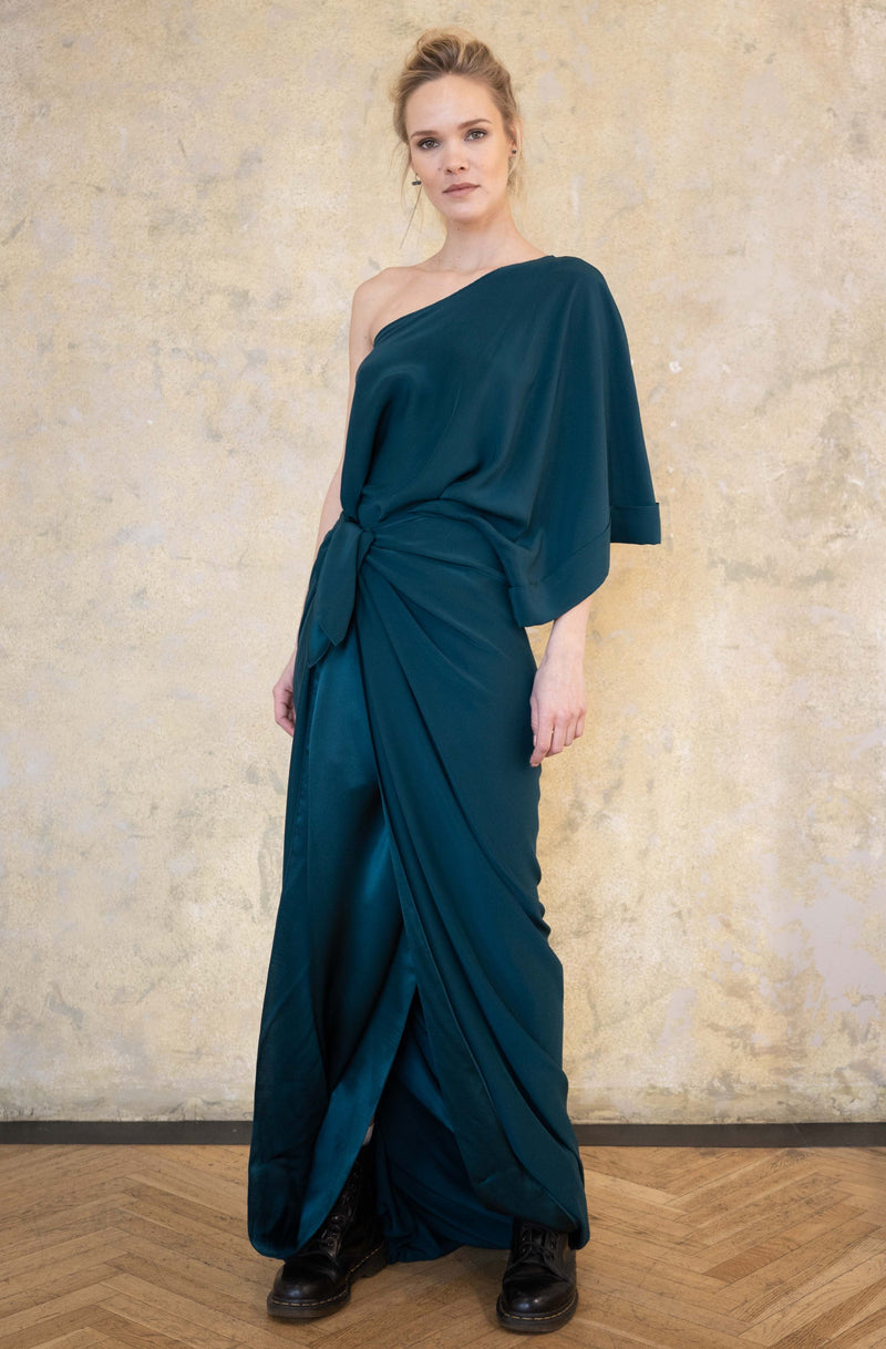 Leeda: dress - ASYMMETRIC SILK GOWN