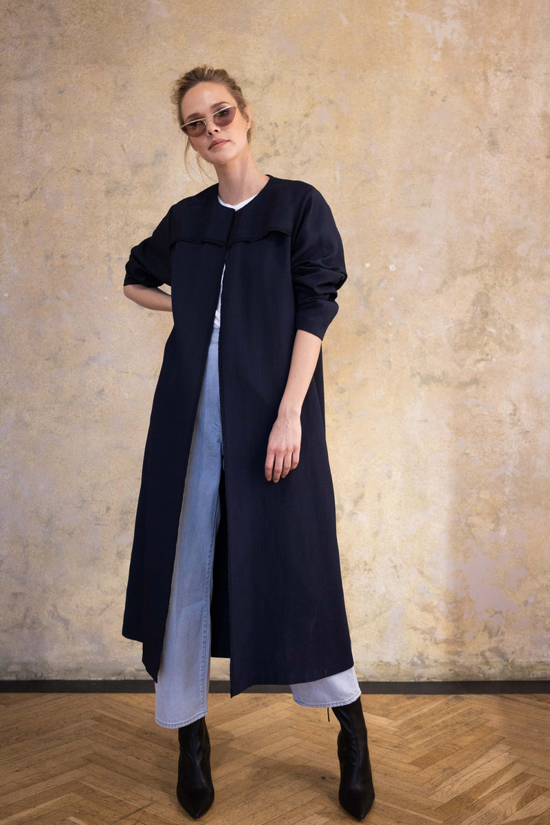 Leeda: coat - BLUE TRENCH COAT WITH BELT