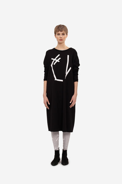 Maxi sweatshirt with long sleeves and original print.