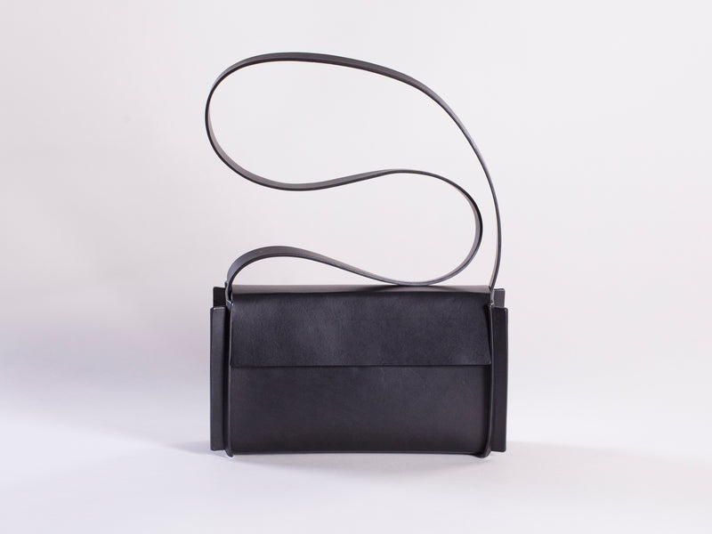 YRNCHE CLUTCH 0101 BLACK