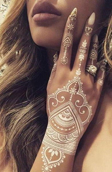 Tatuajes temporales henna blanca- Boho Weddings