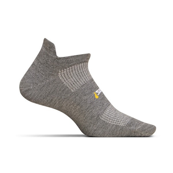 Socks - Feetures! High Performance Light Cushion No Show Tab /Grey