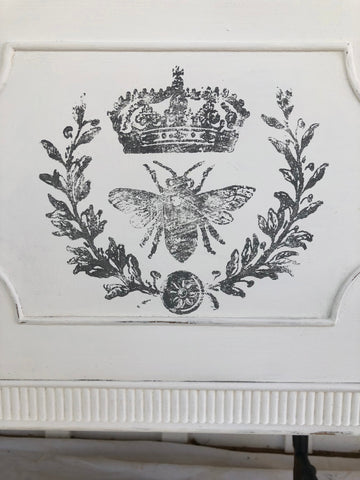 IOD Decor Stamps: Queen Bee