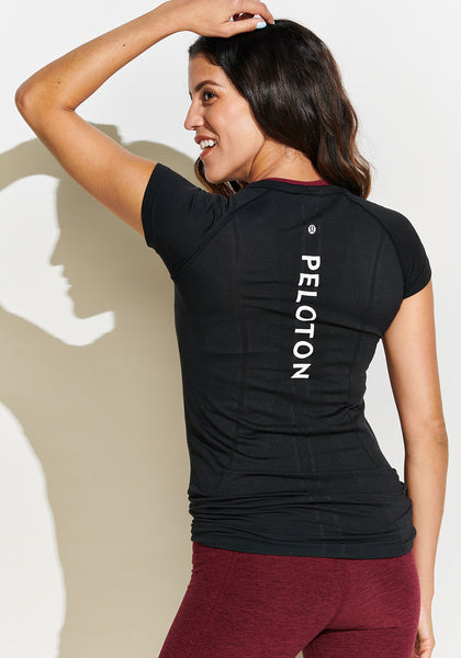 Peloton Run Swiftly SS (Black)