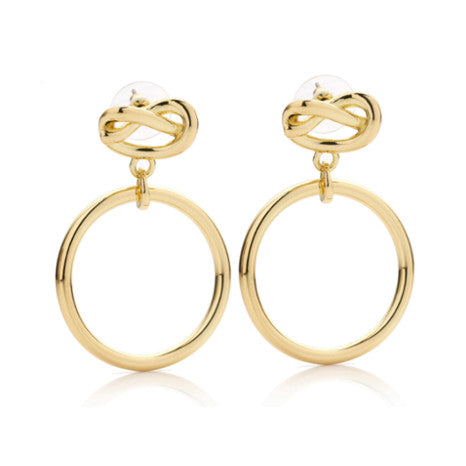 Roberto by RFM Earrings with knot design and circle pendant