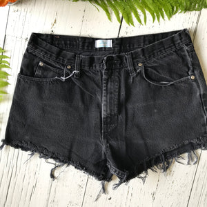 Wrangler poppy denim cut-offs size 36
