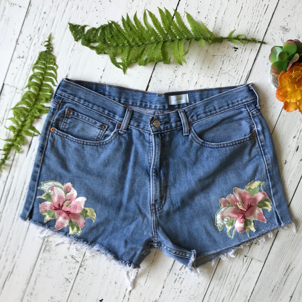 Levi's floral appliqué denim cut-offs size 36