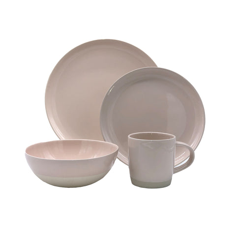 Shell Bisque 4 Piece Place Setting in Mist