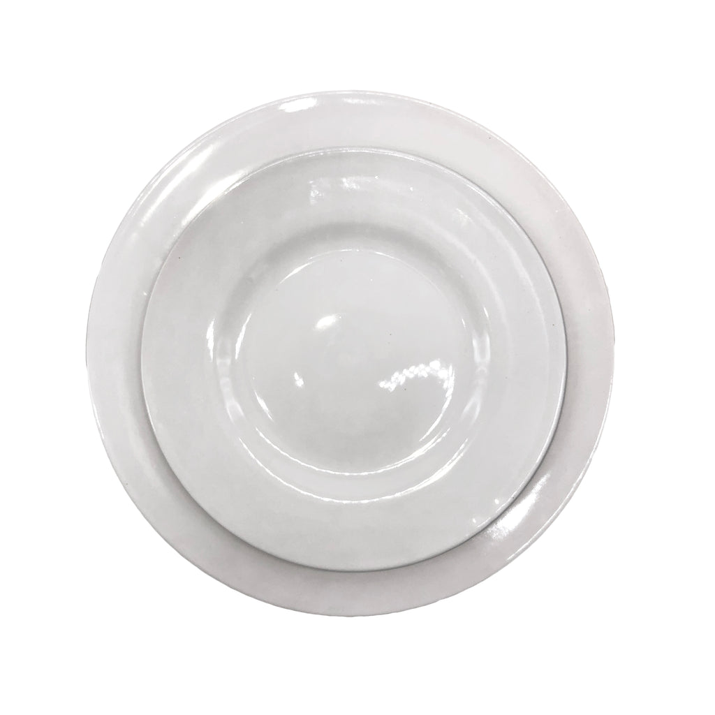 Rimmed Shell Bisque Dinner Plate in White - Set of 4