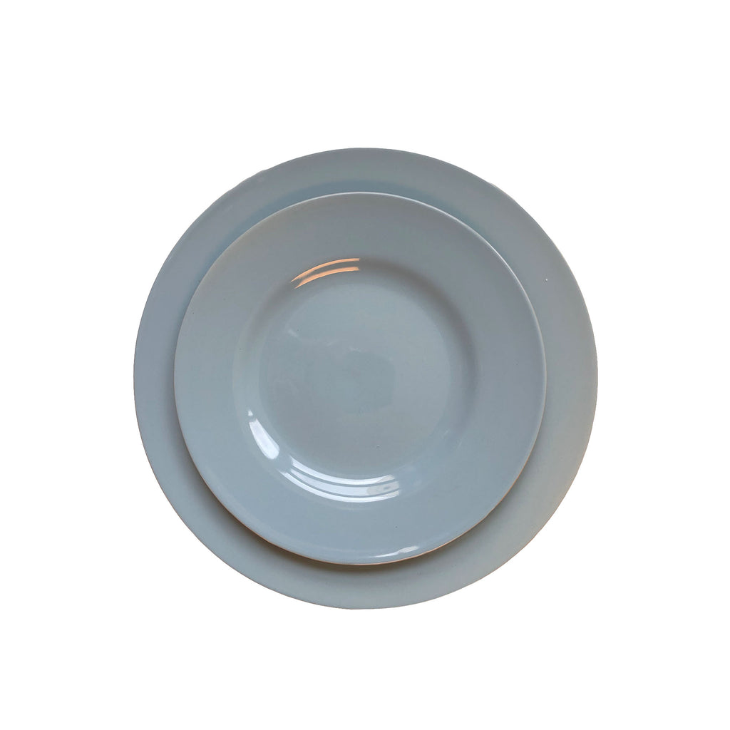 Rimmed Shell Bisque Dinner Plate in Blue - Set of 4
