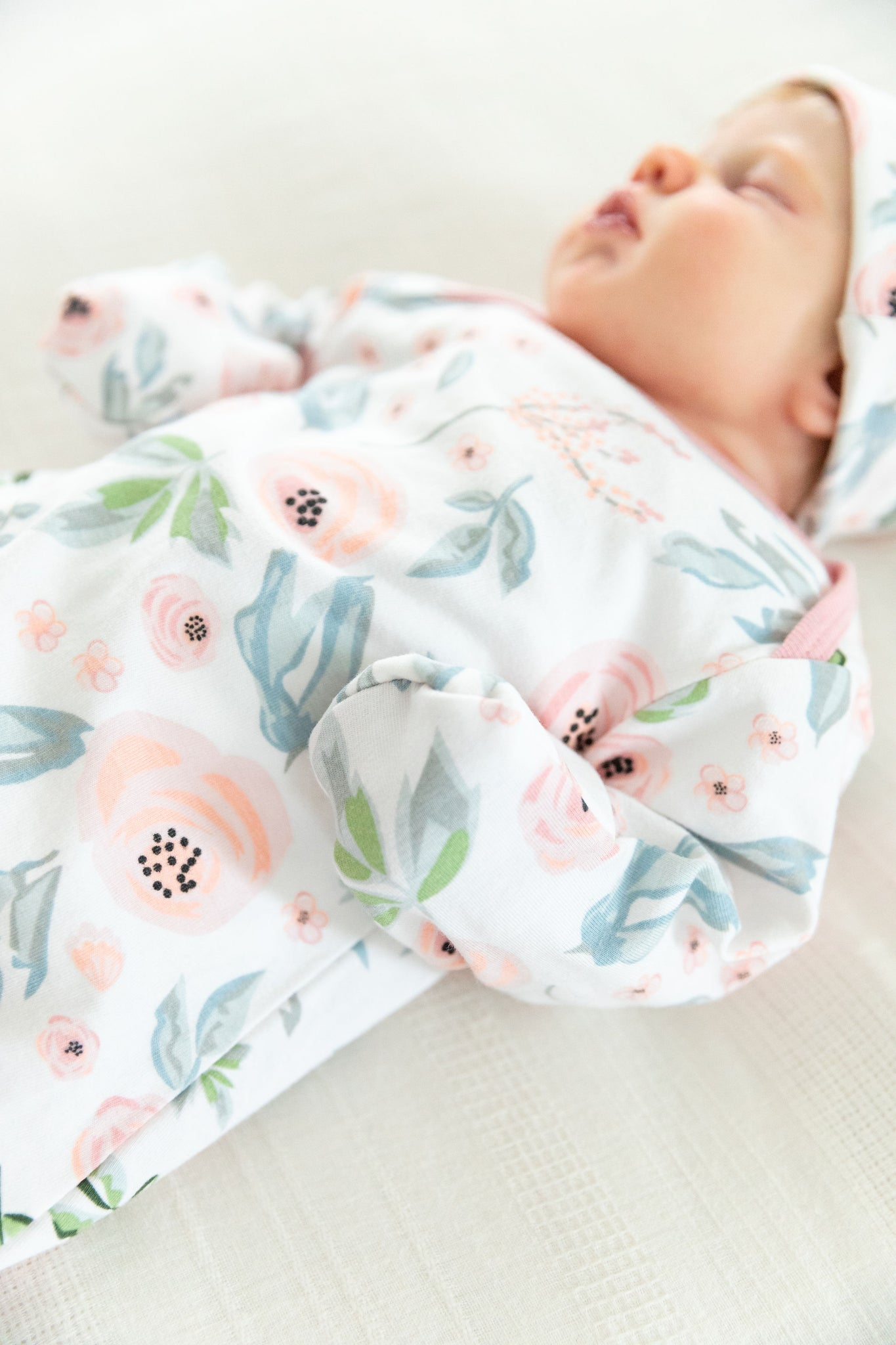 Ivy Baby Coming Home Outfit & Matching Newborn Hat Set 2pc.