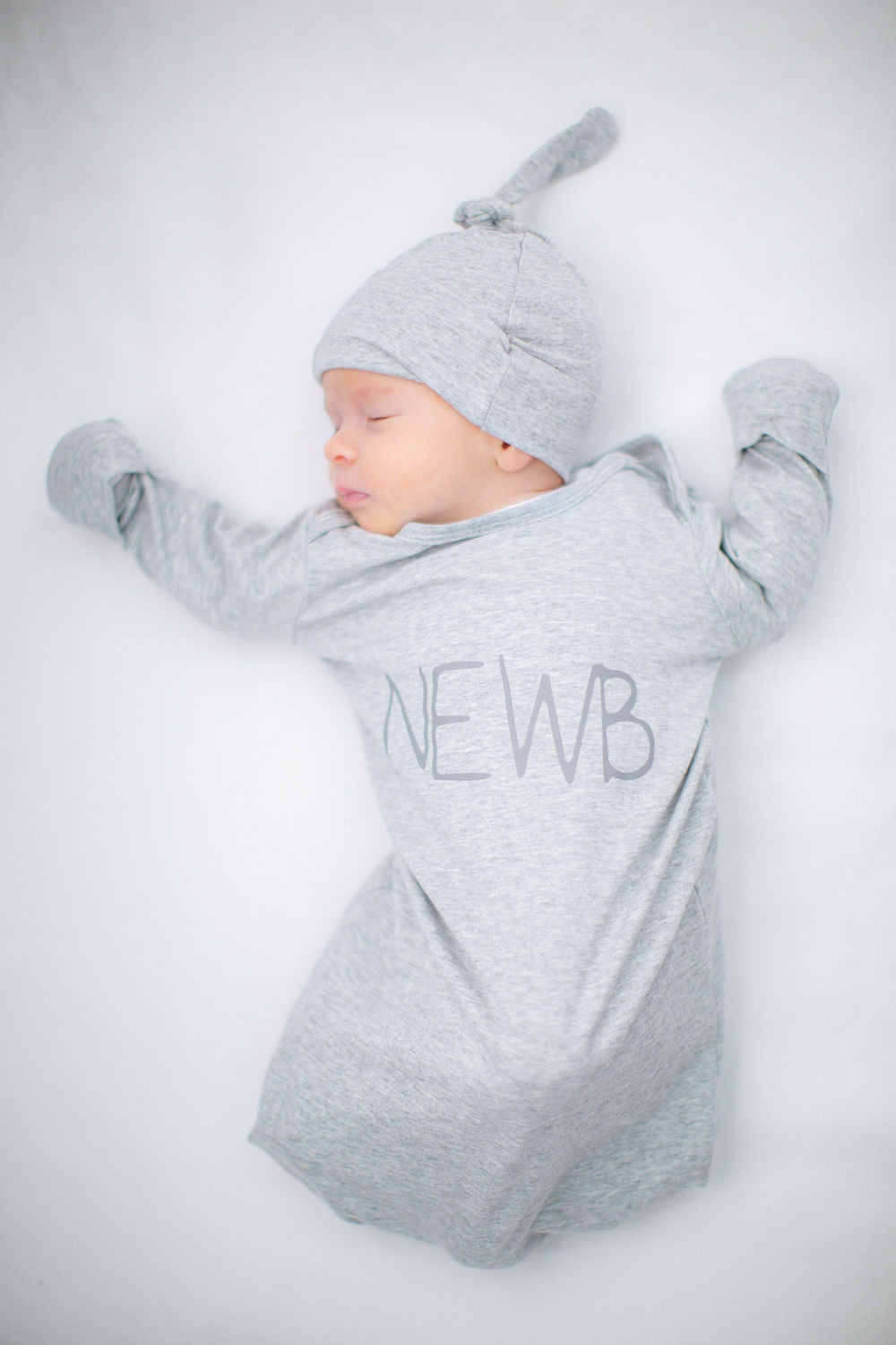 Lilly Robe & Grey Newb Baby Gown Set