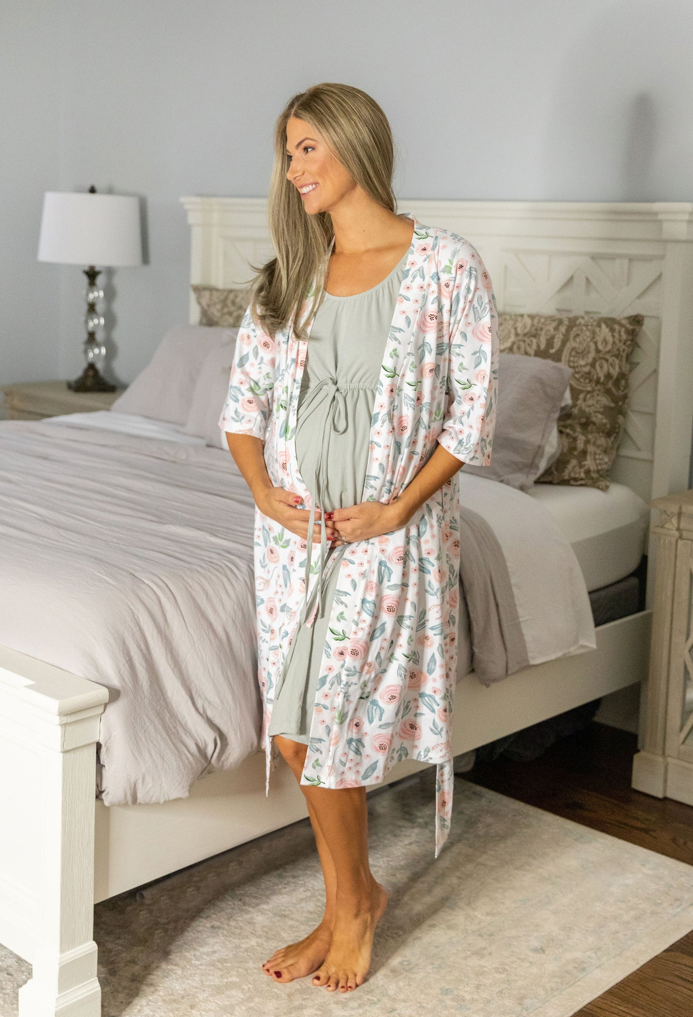 Ivy Robe & Grey Labor Gown