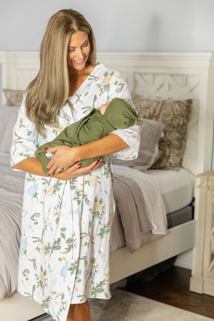 Hadley Delivery Robe & Olive Swaddle Blanket Set