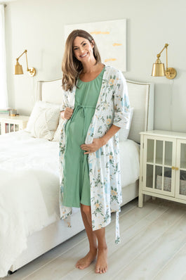 Hadley Robe & Sage Green Labor Gown