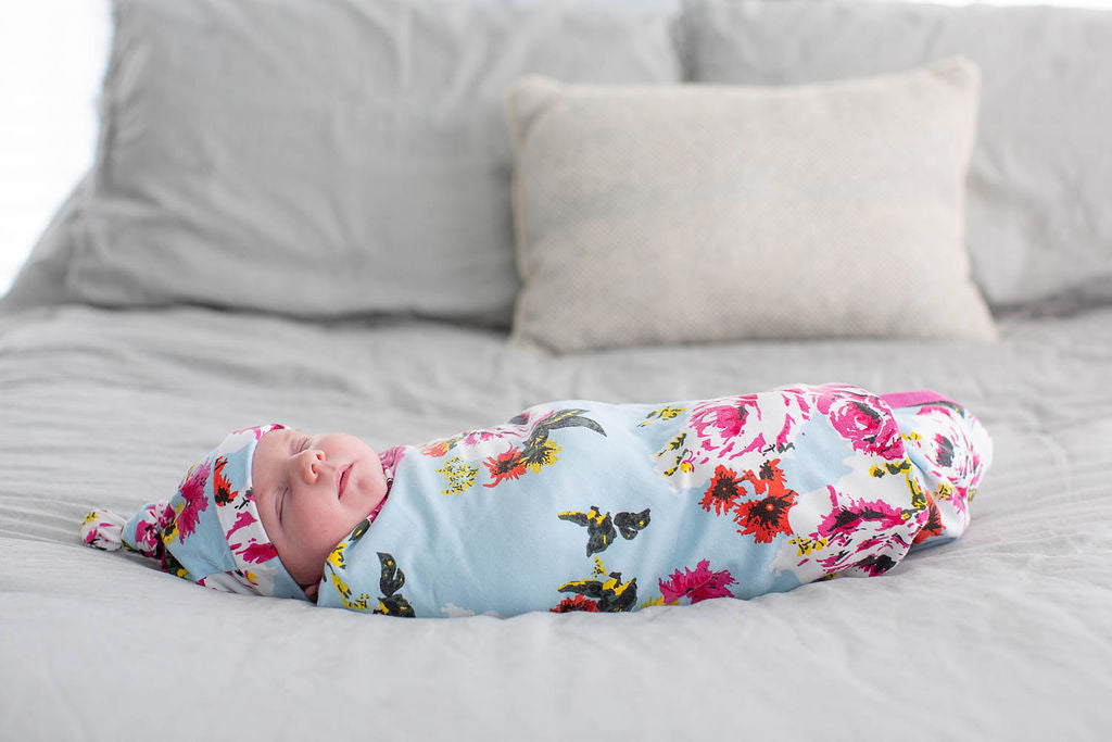 Isla Big Sister & Mommy Robe & Swaddle Blanket Set