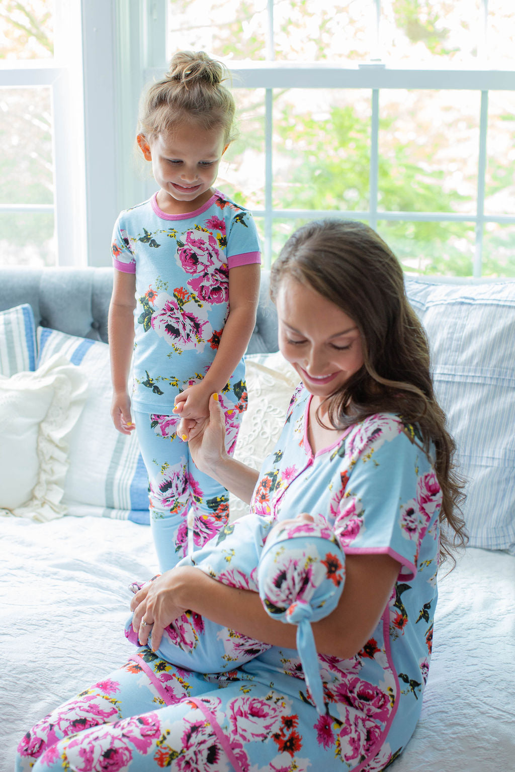 Isla Mom Pajamas & Big Sister Pajamas & Matching Swaddle Blanket Set