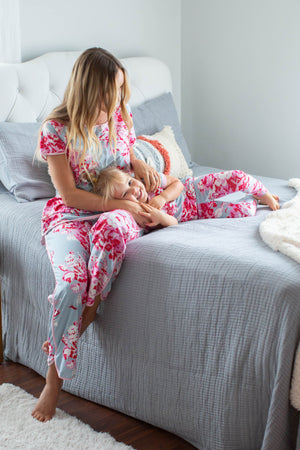 Mae Mom Pajamas & Big Sister Pajamas & Matching Swaddle Blanket Set
