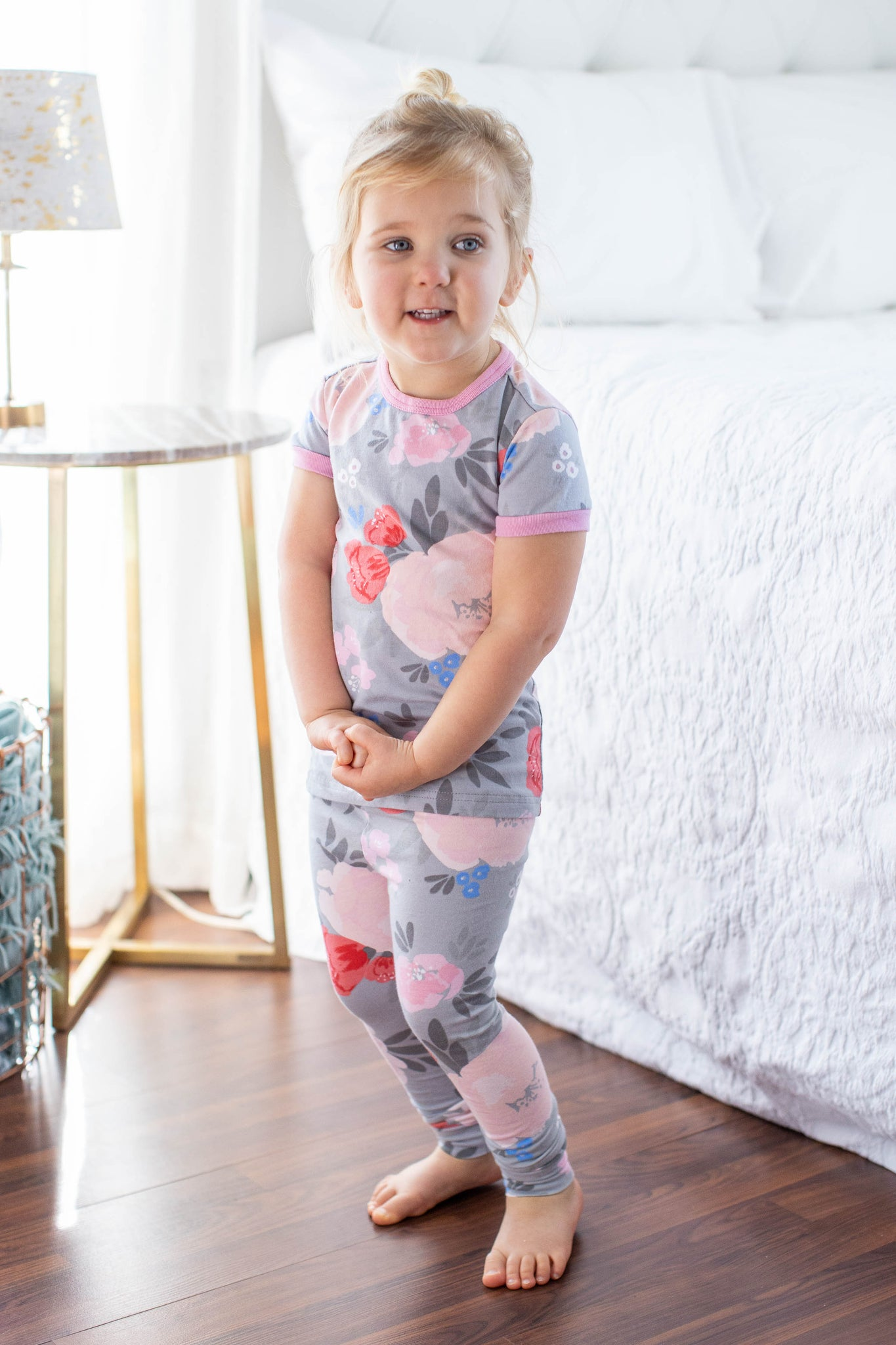 Sophie Mom Pajamas & Big Sister Pajamas & Matching Swaddle Blanket Set