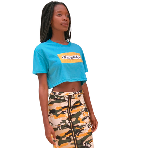 INNER KNOWLEDGE Crop T-Shirt / CALL ON YOU Skirt