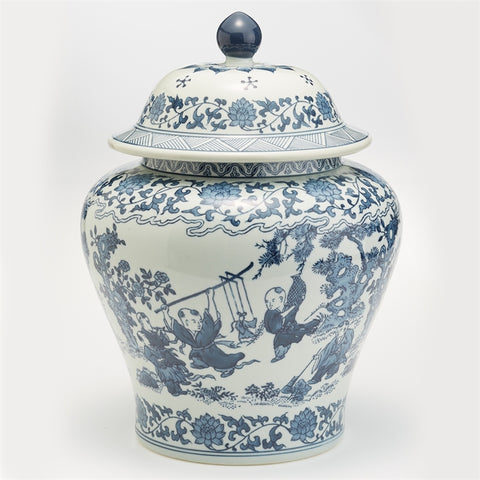 Blue and White Chinese Squat Covered jar