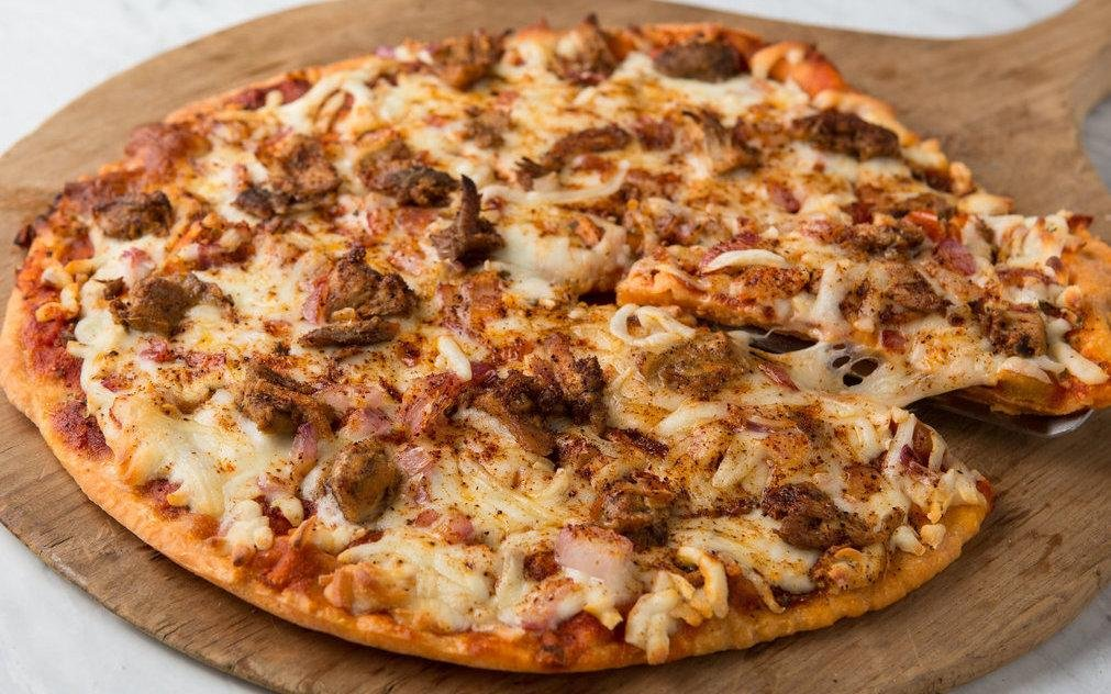 Chipotle Chicken Pizza - Cassava