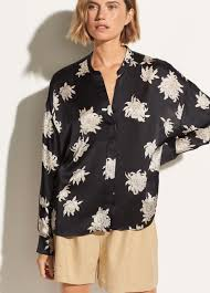 Silk Chrysanthemum Pocket Blouse