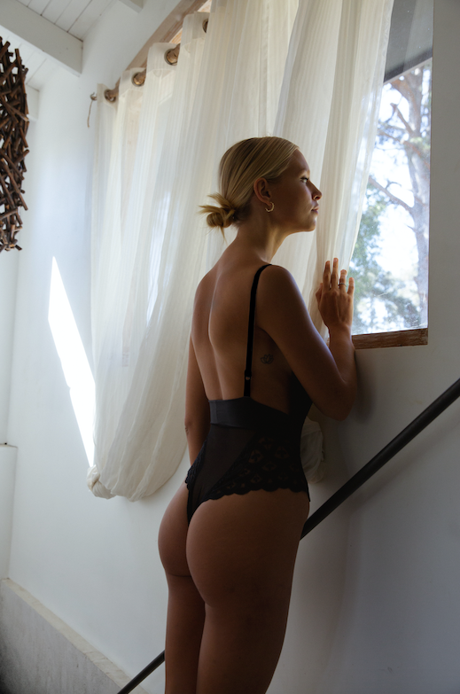 Olivia Bodysuit Black | Made in Montreal Lingerie