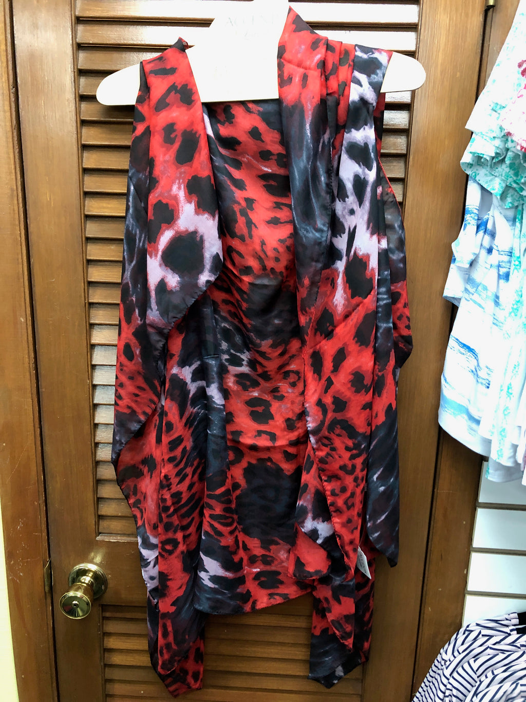 Accents Convertible Vest-Red Leopard