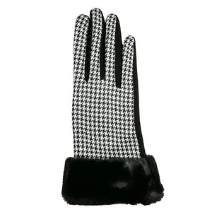 Top It Off Houndstooth Gloves
