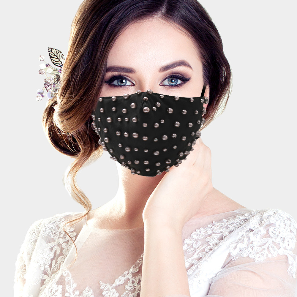 Faux Pearl Beaded Mask-Black