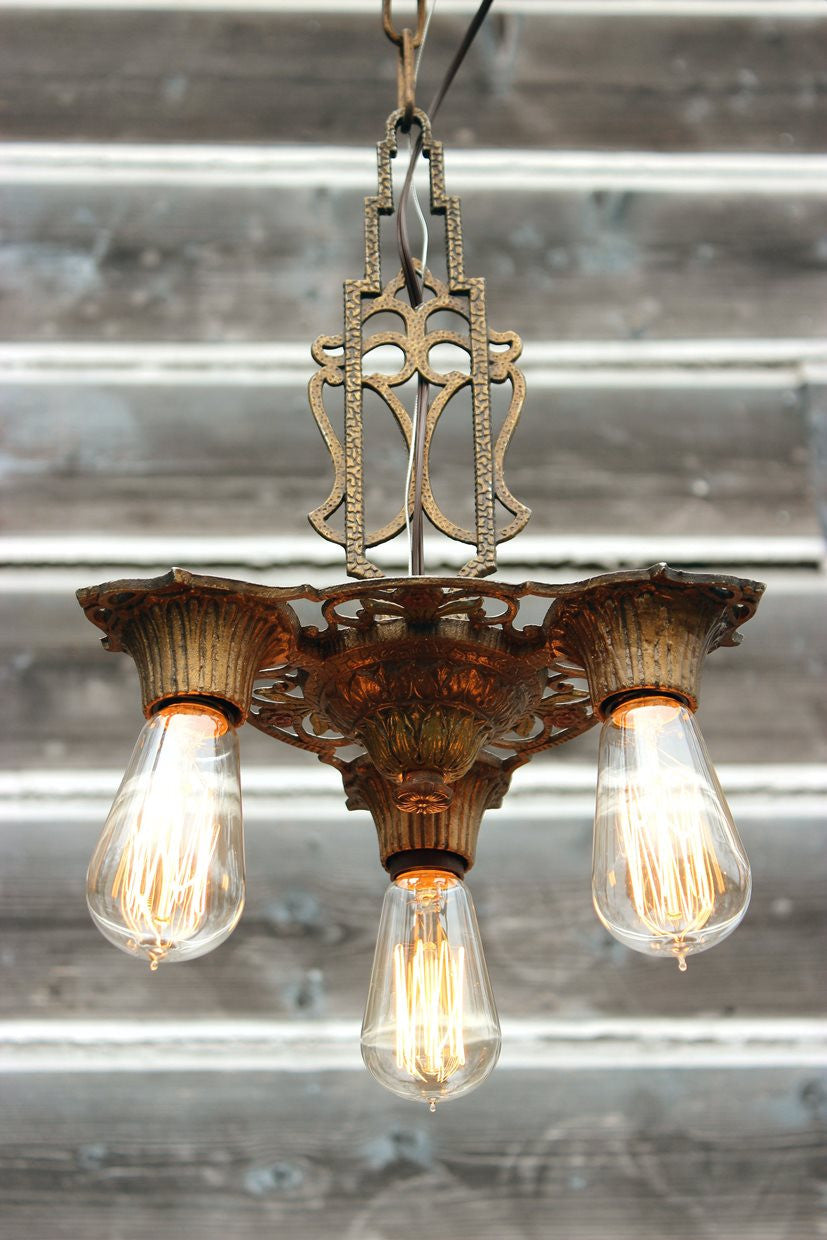 antique-ceiling-light