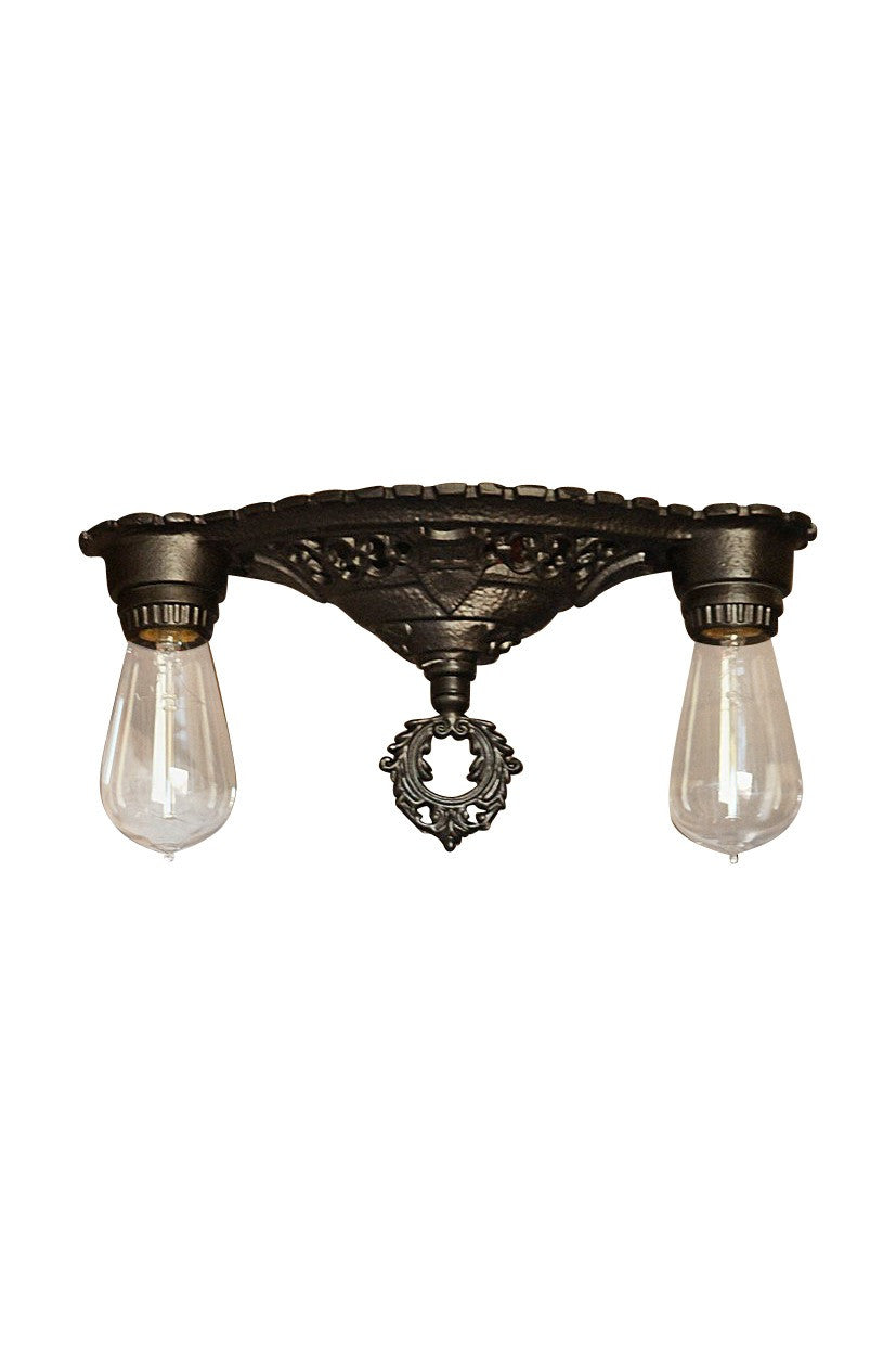 antique-exposed-bulb-light